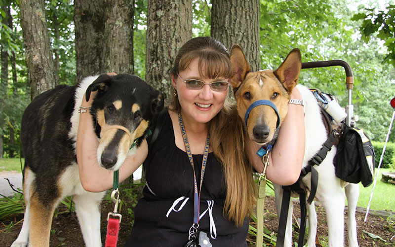 Kristin Hartness and training canines